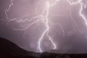 lightning-399853_960_720